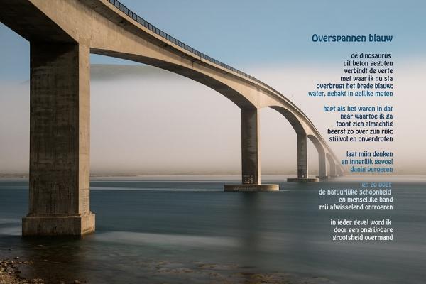 009-Overspannen-blauw-20120816-003